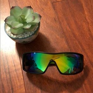 Von zipper mirrored sunglasses